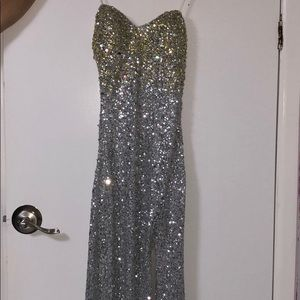 Prom silver dress with jewels